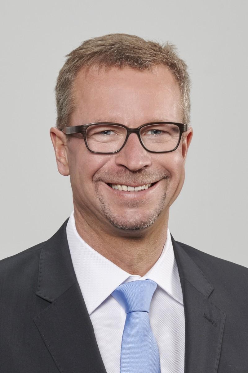 Bernd Hackl Kritik